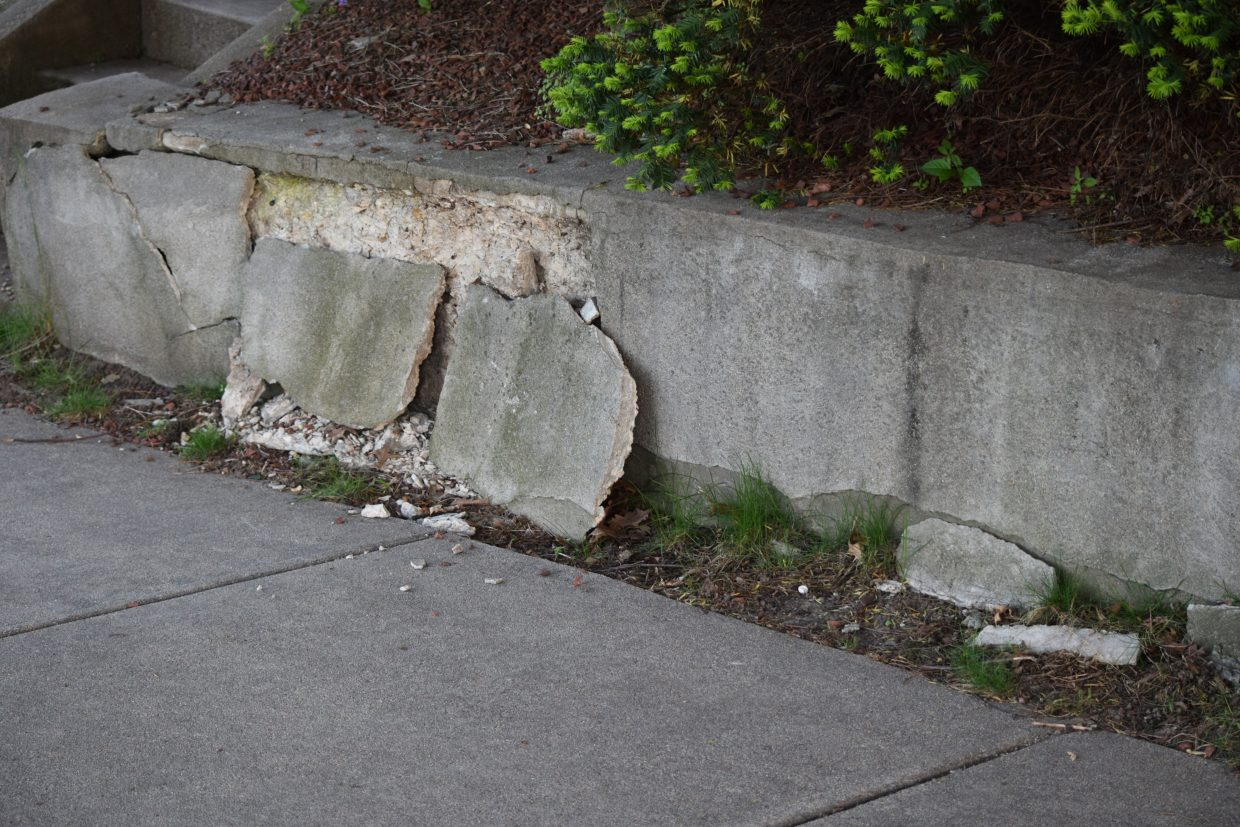 retaining wall failure